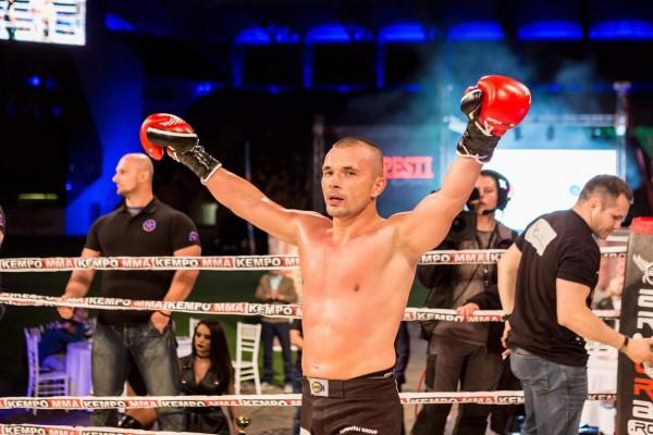 Sensei Mirel Dragan, campion mondial de Kempo!